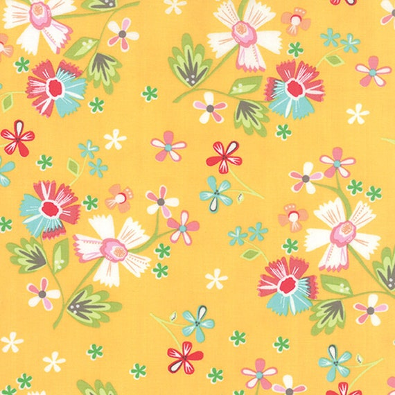 Corey Yoder Little Miss Shabby White Flowers on Cottage Yellow With Dots and Leaves, 29000-15,