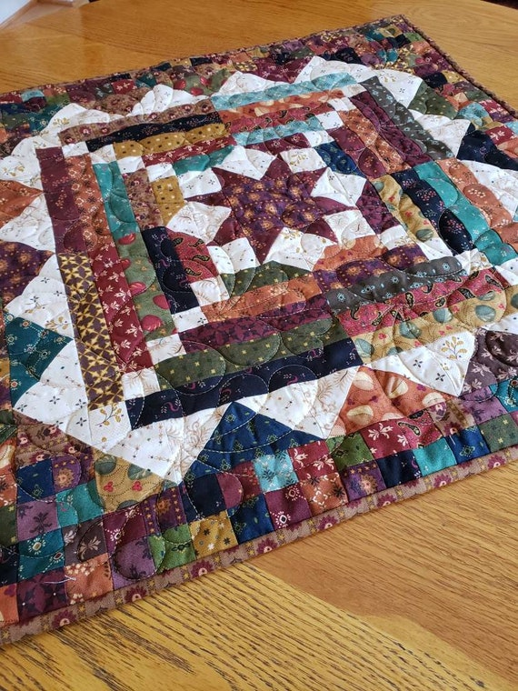 Kim Diehl Small 24 x 24 inch Quilt Kit,  Simple Whatnots 8, Smack Dab In The Middle, Fabric For Top and Binding, Primitive Patchwork Style