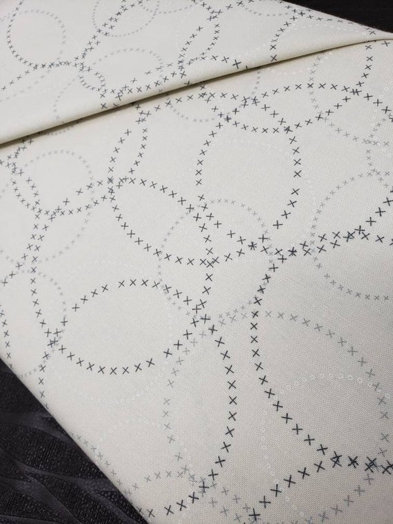 Compositions Basic Grey by Zen Chic Designer Brigitte Heitland Modern BG Paper Circle Fog, Moda Fabric by the Yard 1584 15