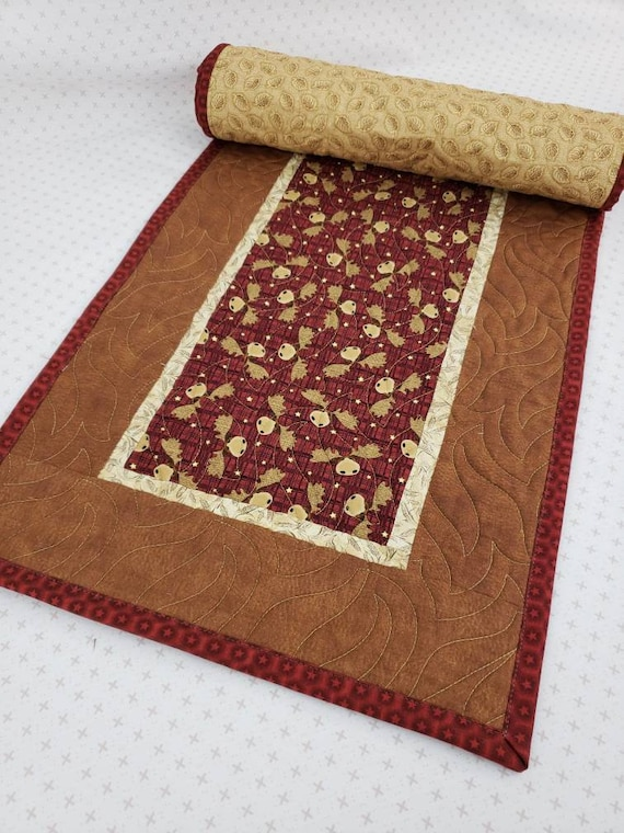 Table Runner With Fun Moose Heads On Red, Cabin Style, Mountain Home Decor 14 x 47 Inches
