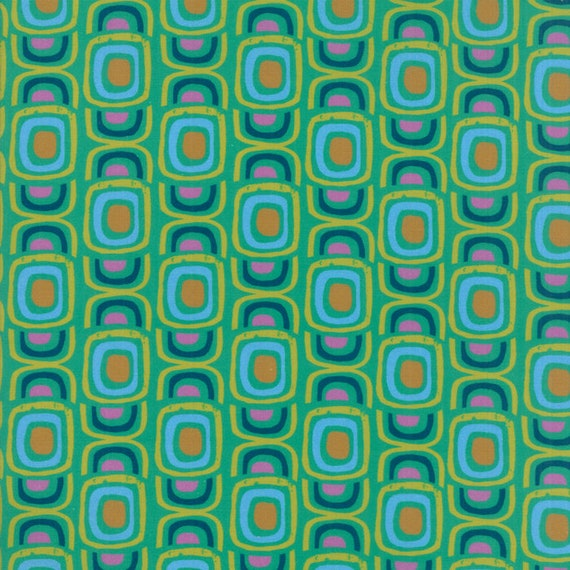 Modern Bullseye Jade, Digital Quilt Prints Crystal Manning by Moda, Fabric by the Yard 11833 13