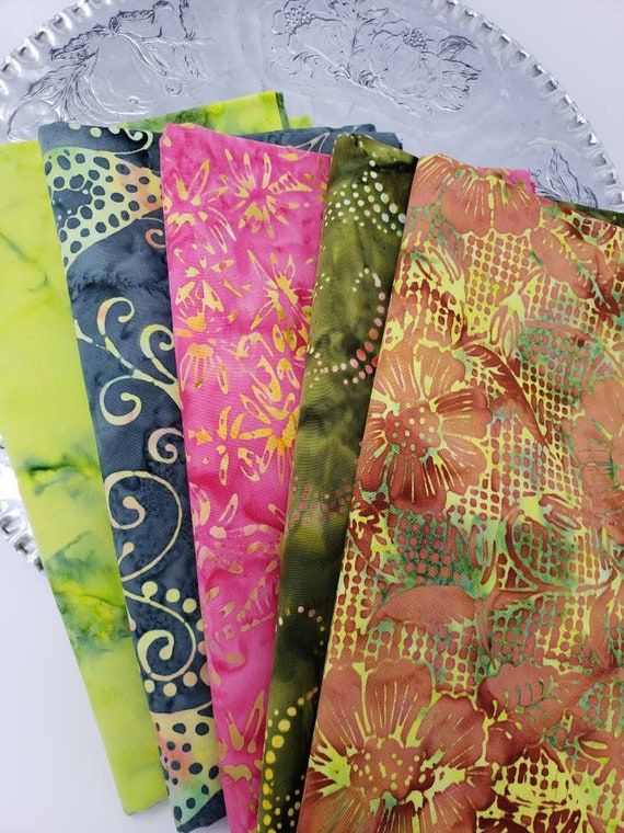 Batik Cotton Fabric Of 5 One Yard Cuts Grey, Green, Lime, Pink, Swirls, Dots, Rings 1YARDBN2278