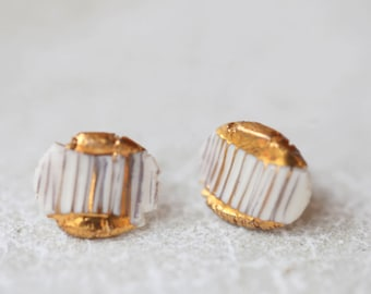 Dobra, porcelain and gold earrings, glazed. Porcelain jewelry