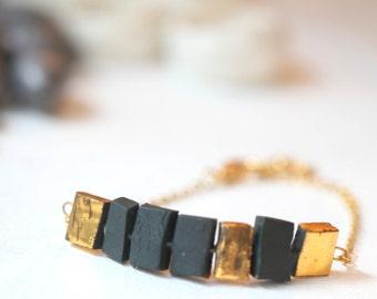 Iriri, porcelain bracelet.