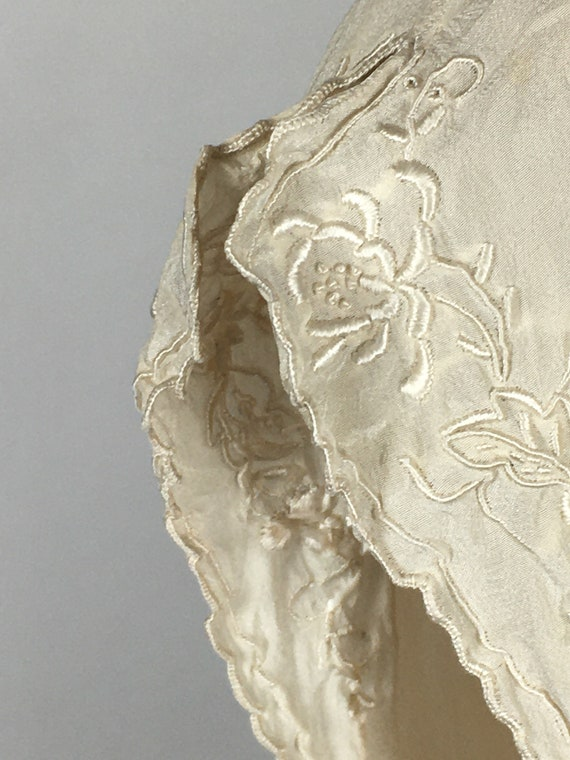 1940's/ 50's SILK EMBROIDERED BLOUSE - image 6