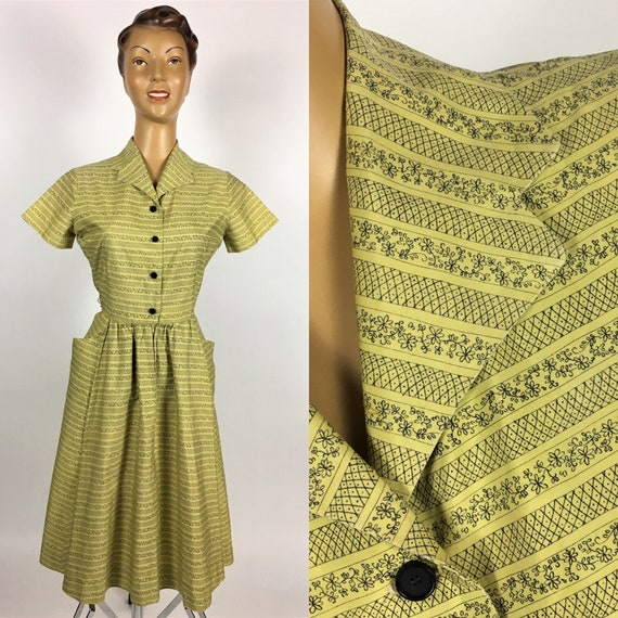 1940's/ 50's COTTON NOVELTY PRINT Dress