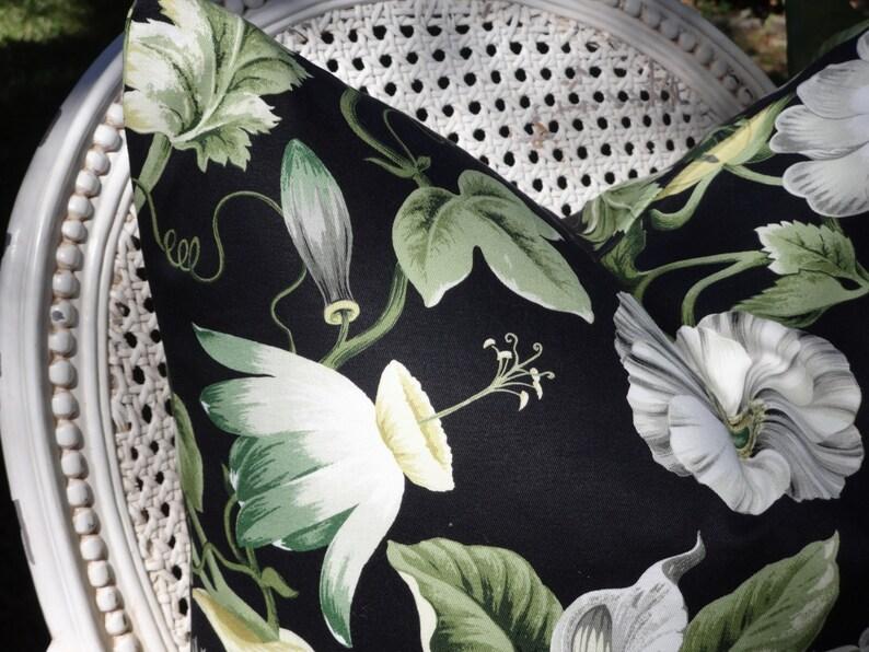 Linen Pillow Keilani Duck Laurel  18x18 20x20 22x22 24x24 Pillow Cover Designer Pillow Toss Accent Throw Pillow