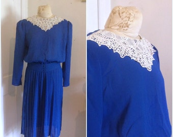Vintage lace collar dress, vintage blue dress, long sleeve dress, vintage size medium, 8, 10, Eighties does Forties