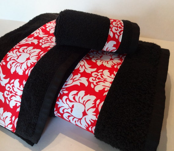 Noir et rouge Damas serviettes de bain, serviettes de salle de bain, rouge  et noir, décoré de serviettes, serviettes de toilette, serviettes de bain  ...