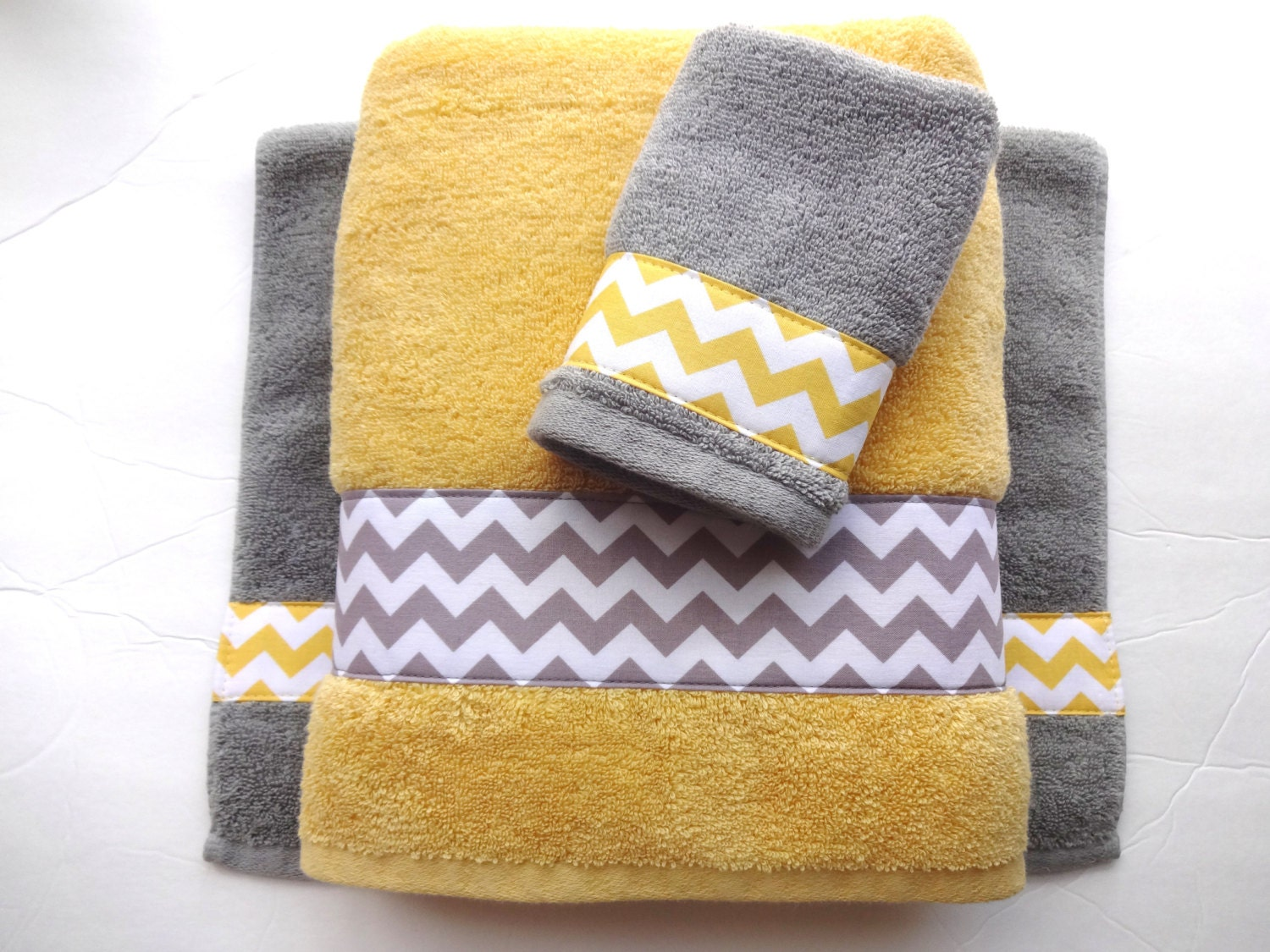 Phenomenal Pick Your Size Towel Yellow And Grey Towels Gray And Yellow Bathroom Towel Sets Hand Towels Yellow And Grey Bathroom Bath Decor Download Free Architecture Designs Estepponolmadebymaigaardcom