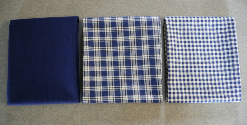 Red and Navy Homespun Fat Quarter Bundle,blue fat quarters,red fat quarters,fat quarter bundle,fabric lots,homespun fat quarter
