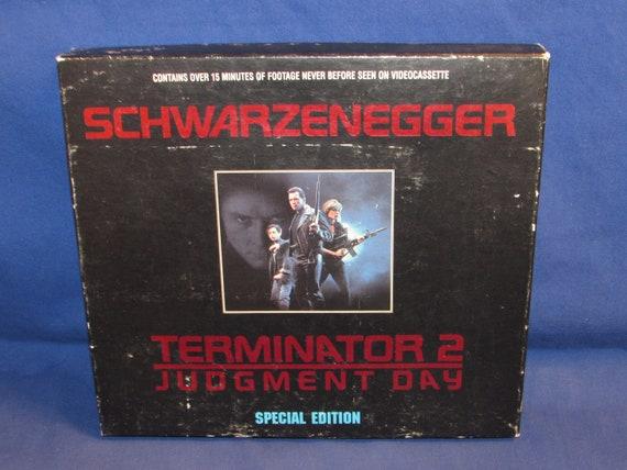 9945598a7b TERMINATOR 2 Judgement Day 1993 VHS Arnold Schwarzenegger