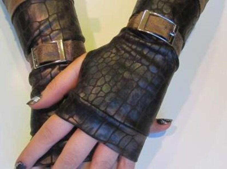 Bindi Crocodile Skin Gloves image 0