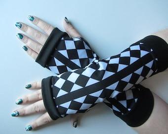 Harlequin Fingerless Gloves