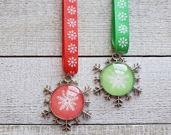 Red and Green Christmas Ornaments, Holiday Decor, Snowflake Ornaments, Christmas Tree Decorations, Gifts Under 20, Vintage Style