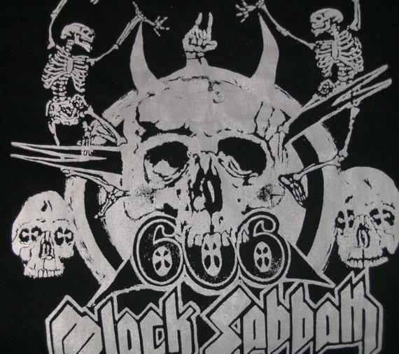 BLACK SABBATH ~~ Used  T-shirt