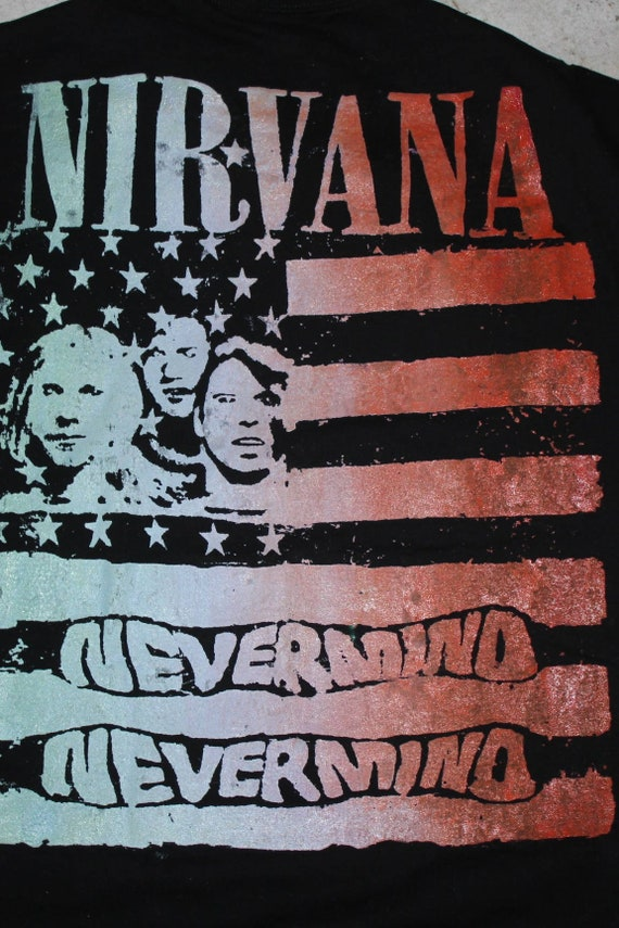 NIRVANA ; AMERICAN FLAG  ; Used T Shirt
