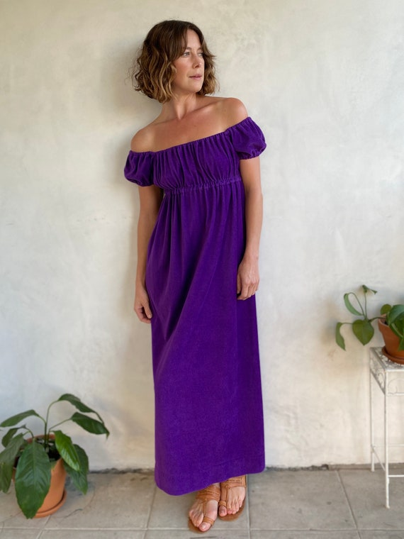 Vintage 70s Deep Purple Terrycloth Off Shoulder Ma