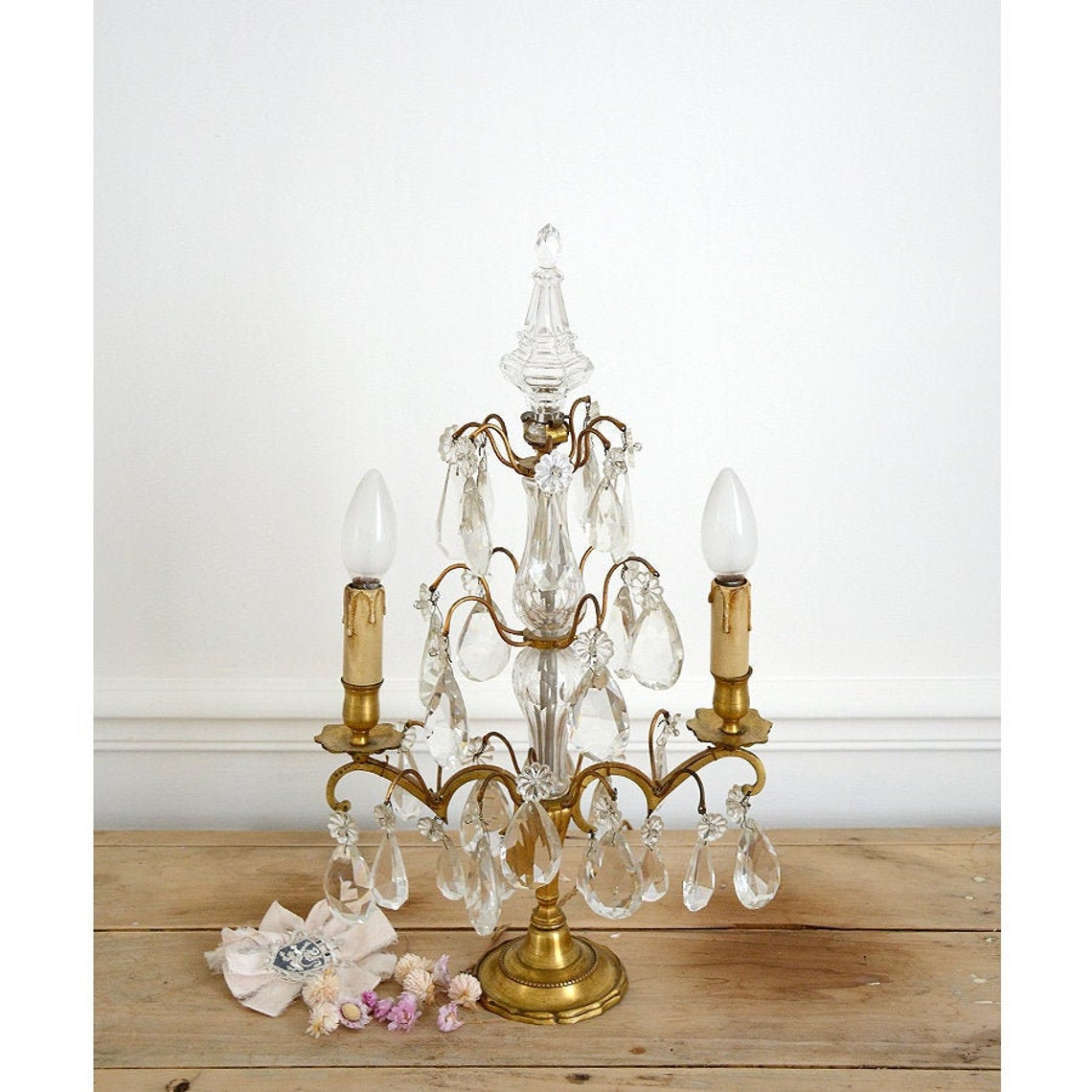 Vintage French Crystal Lamp with lampshades/ Chandelier / Girandole - Eclairage