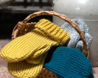 INSTANT PATTERN DOWNLOAD** Thick and Warm Quick Beginner Mitten Pattern for Crochet