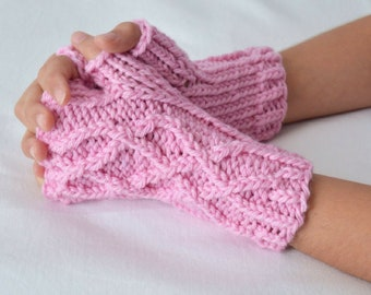 Little Celtic Gloves Knitting Pattern
