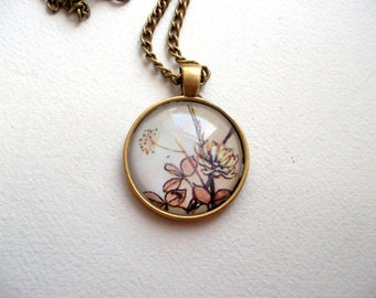 Vintage flowers necklace