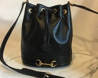3f98431526 Authentic Vintage Gucci Horsebits Black Leather Drawstring Bucket Crossbody  Bag