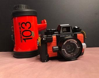 Nikonos V Underwater camera with original Nikonos sb 103 underwater flash by Nikon WORKS