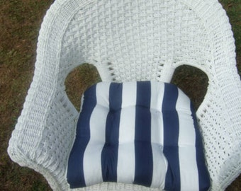 """Indoor / Outdoor 19"""" x """"19 Universal Tufted Wicker Seat Chair Patio Cushion - Navy Blue & White Stripe"""