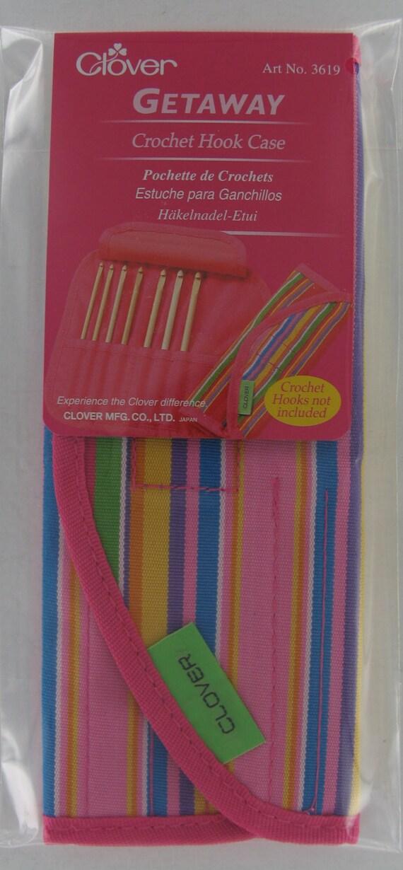 Clover 3619 Getaway Bamboo Crochet Hook Case