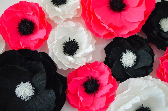 12 Giant Paper Flowers/Giant Paper Poppies/Wedding Decoration/Arch Flowers/ Table Flower Decoration/  Pink Black White Flowers