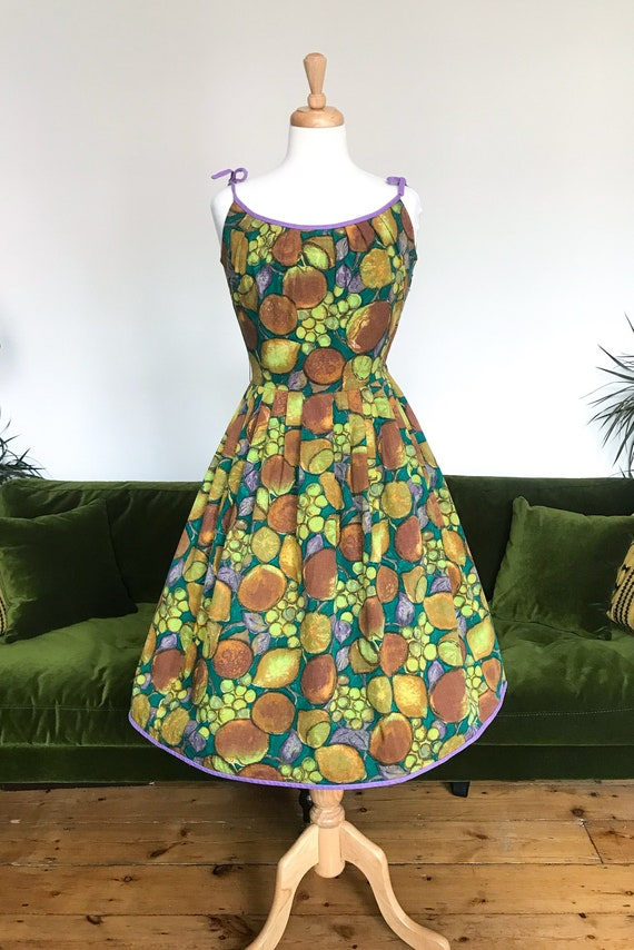 1950s novelty print fruit dress