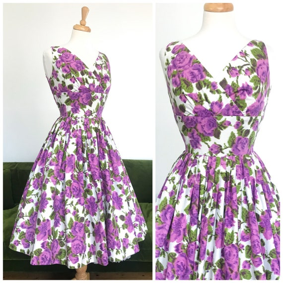 green wrap front bow cottonHandmadeOOakSMALL Vintage clothing floral pattern 1950/'s Vintage dress Purple Blue