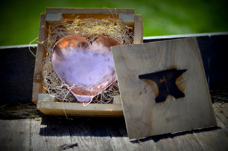 Grand Heart Copper Bowl - Blacksmith MadeMD Main Forgé 7 anniversaire cadeau pour les hommes 7e anniversaire cadeau pour lui anniversaire personnalisé