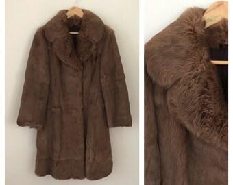 d2c1c180413 Vintage Fur Coat