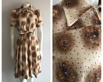 Vintage 1970's Floral Dress, 70's Dress, Day Dress, Polka Dot, Floral Dress, Midi Dress