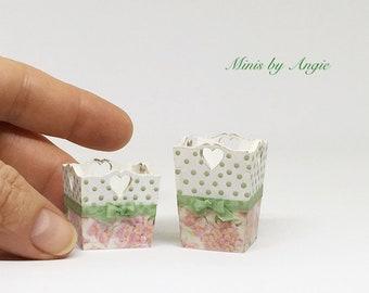 Dollhouse miniature bins. Waste bin. Laundry bin. Wooden container. Planter.