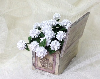 Hydrangea blooms with leaves. Single stems. Miniature