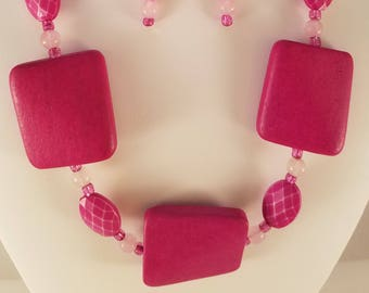 Pretty in Pink Necklace and earring set