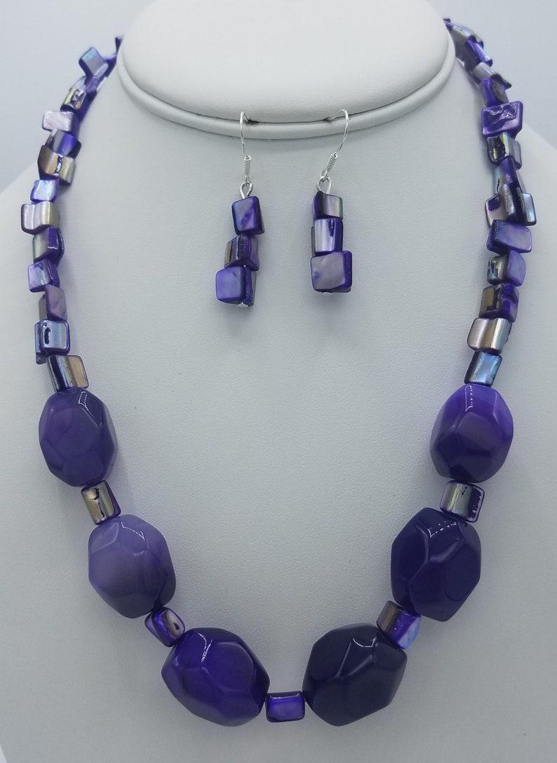 Purple Statement Necklace /& Earring Set