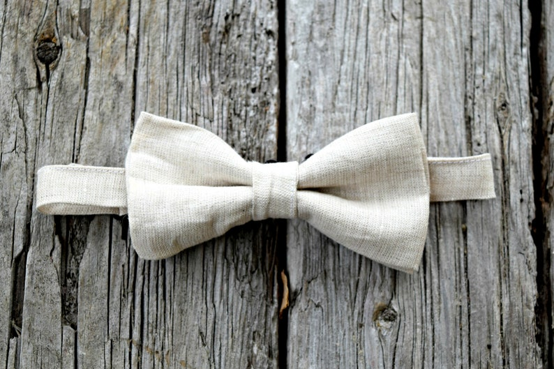 440b4f243d6ff Oatmeal Irish Linen Bow Tie Mens Bow Tie Pre-Tied Adjustable | Etsy