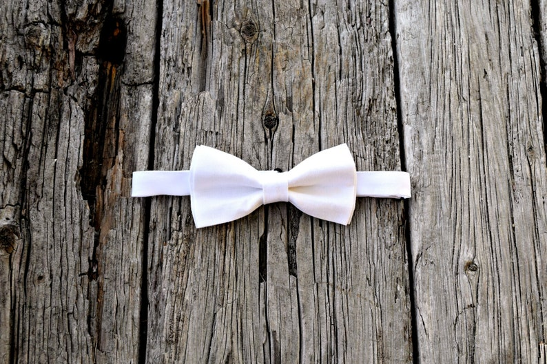876f410f53be9 White Irish Linen Bow Tie Mens Bow Tie Pre-Tied Adjustable | Etsy