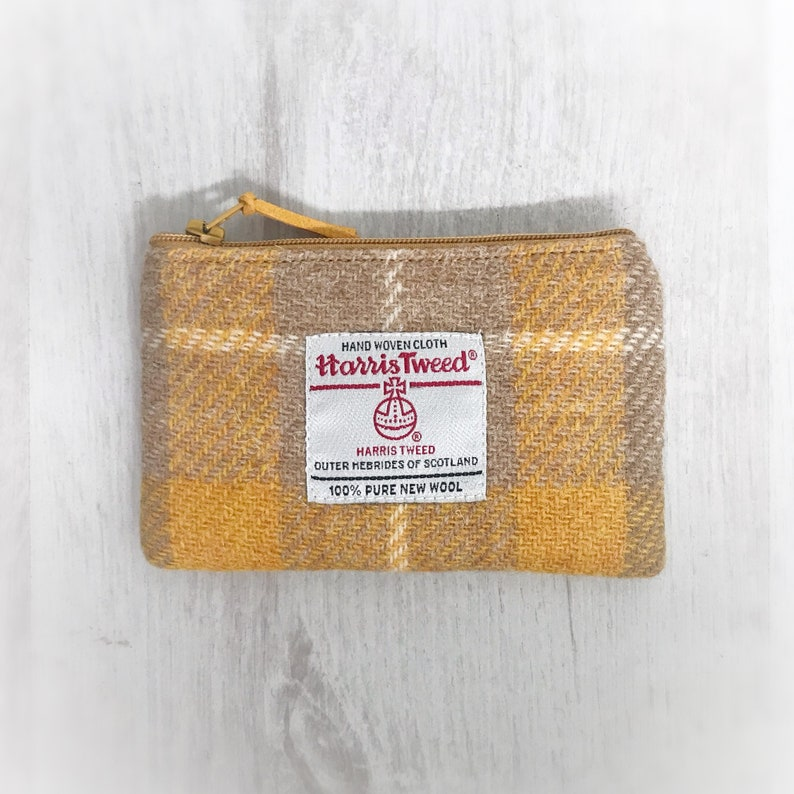 Scottish Harris tweed zipped coin purse in beige /& gold check Scottish tweed zipper purse in camel and mustard check Scottish gift