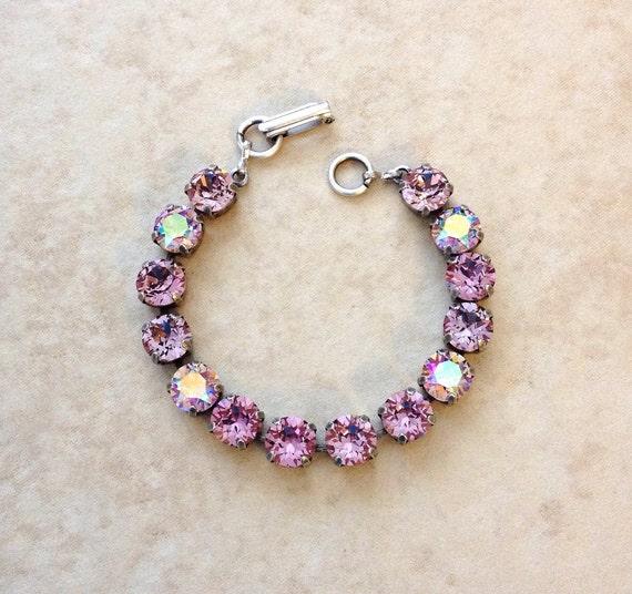 Lilac Bangle Bracelet Light Purple Glass Bracelet Purple Bridesmaid Jewelry Purple Bridesmaid Bracelet Purple Bridal Bracelet Lilac Bracelet