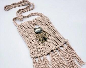 Antique Cream Boho Crossbody Bag with Beaded Shell Embellishment and Fringe