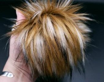 Ikaika Faux Fur Pom Pom