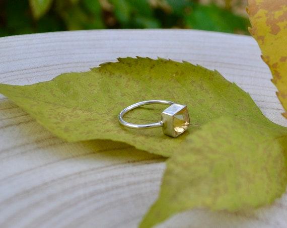 Citrine Gemstone silver ring, 925  sterling silver, Size 8 1/2