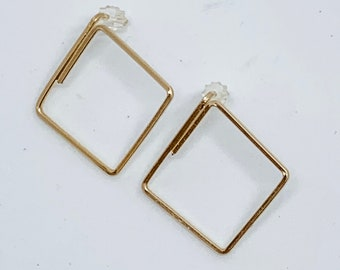 Diamond outlined stud earring, simple shapes, hollow shape earring, square material, lightweight diamond shaped jewelry, gift for her