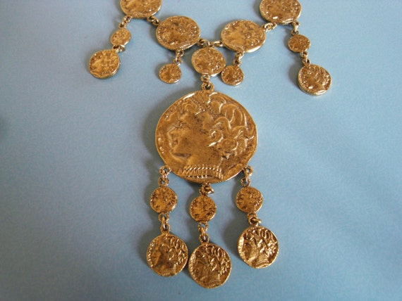 Vintage  Trifari  coin necklace