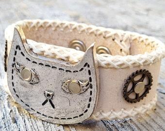Cat Cuff Leather Bracelet Steampunk Armband White -Watch parts Cats Bracelet- Chic Wristband Woman cuffs-Amazing Girlfriend Cats lover gifts